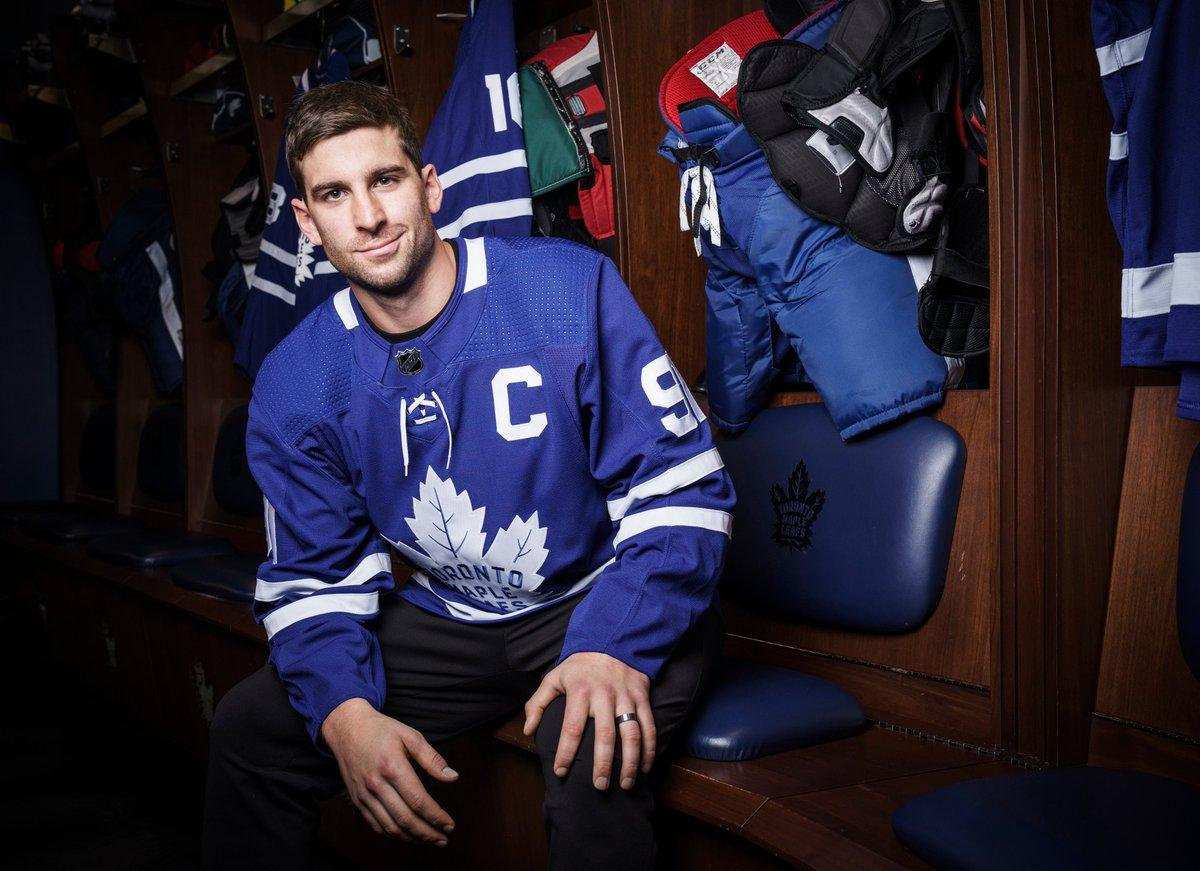 am800-sports-hockey-nhl-toronto-maple leafs-tavares-captain