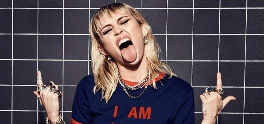 miley-cyrus-i-am-here-1024x399