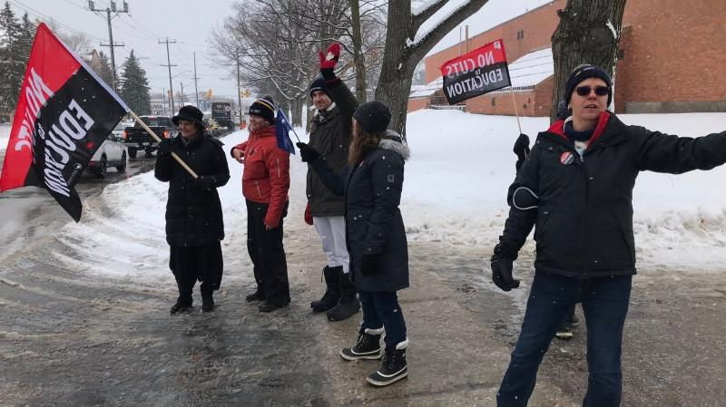 Teachers hit the picket lines at Innisdale Secondary School in a one-day walkout on Wed., Dec. 4, 2019. (Aileen Doyle/CTV News)
