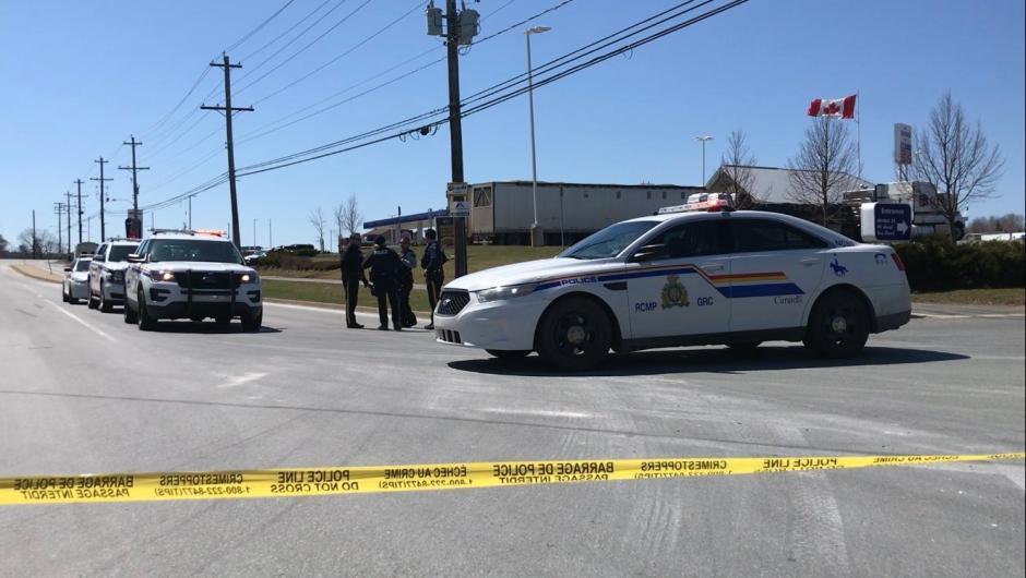 Updated Nova Scotia Rampage Results In 18 Victims 16 Crime Scenes