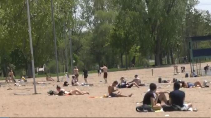 A day at the beach during the COVID-19 pandemic (Leah Larocque/CTV NEws Ottawa)