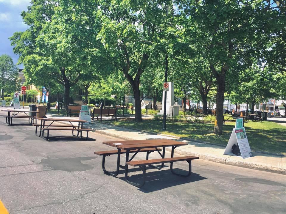 Tables Place St-Frédéric 30 mai 2020
