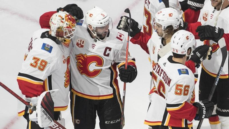 Flames Defeat Jets 4 0 To Win Nhl Qualifying Series Three Games To One