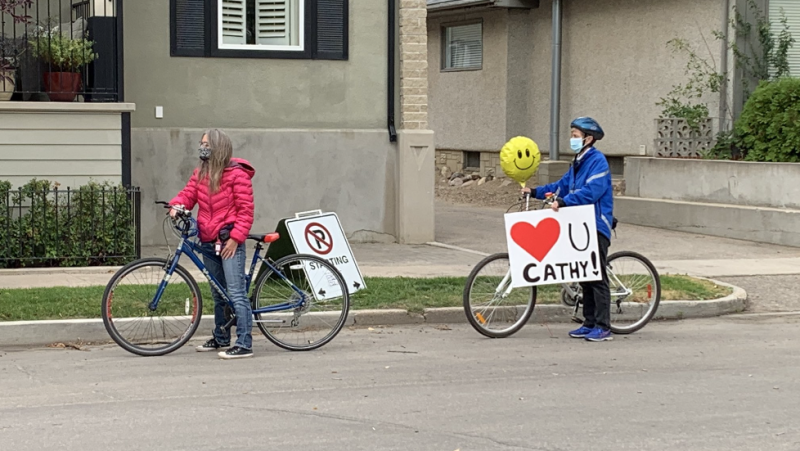 Hundreds gathered for a slow ride honouring cycling advocate Cathy Watts. Creeson Agecoutay/CTV Saskatoon