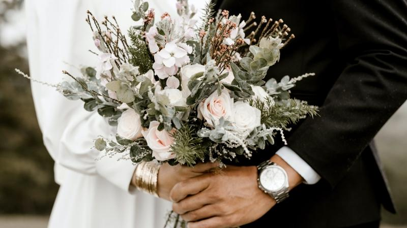 Couples Getting Married In Toronto Being Urged To Put Off Weddings As Covid 19 Cases Surge
