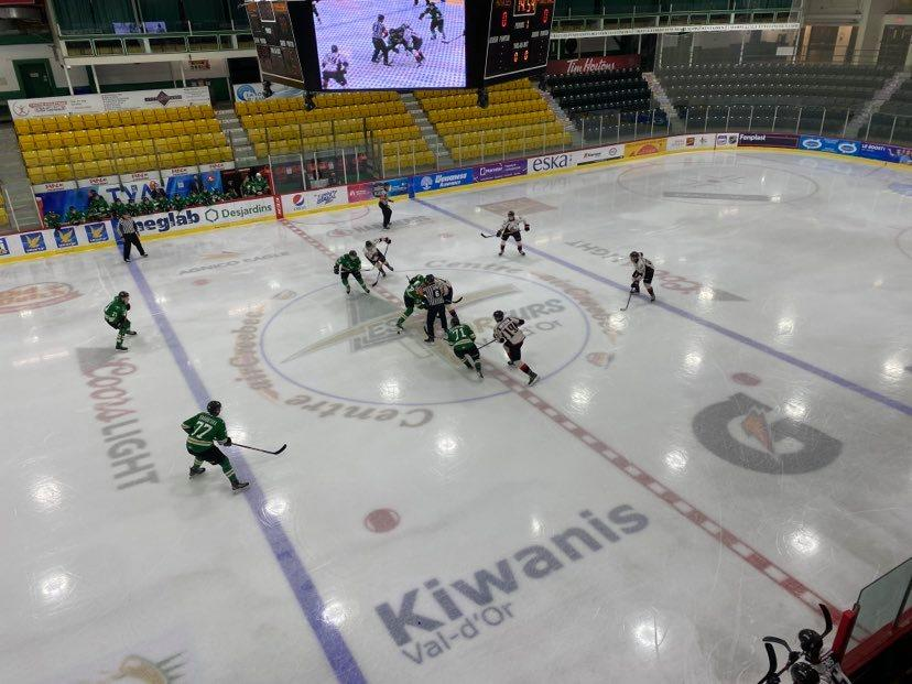 Match Foreurs-Huskies à Val-d'Or