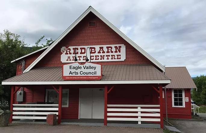 Red-barn centre