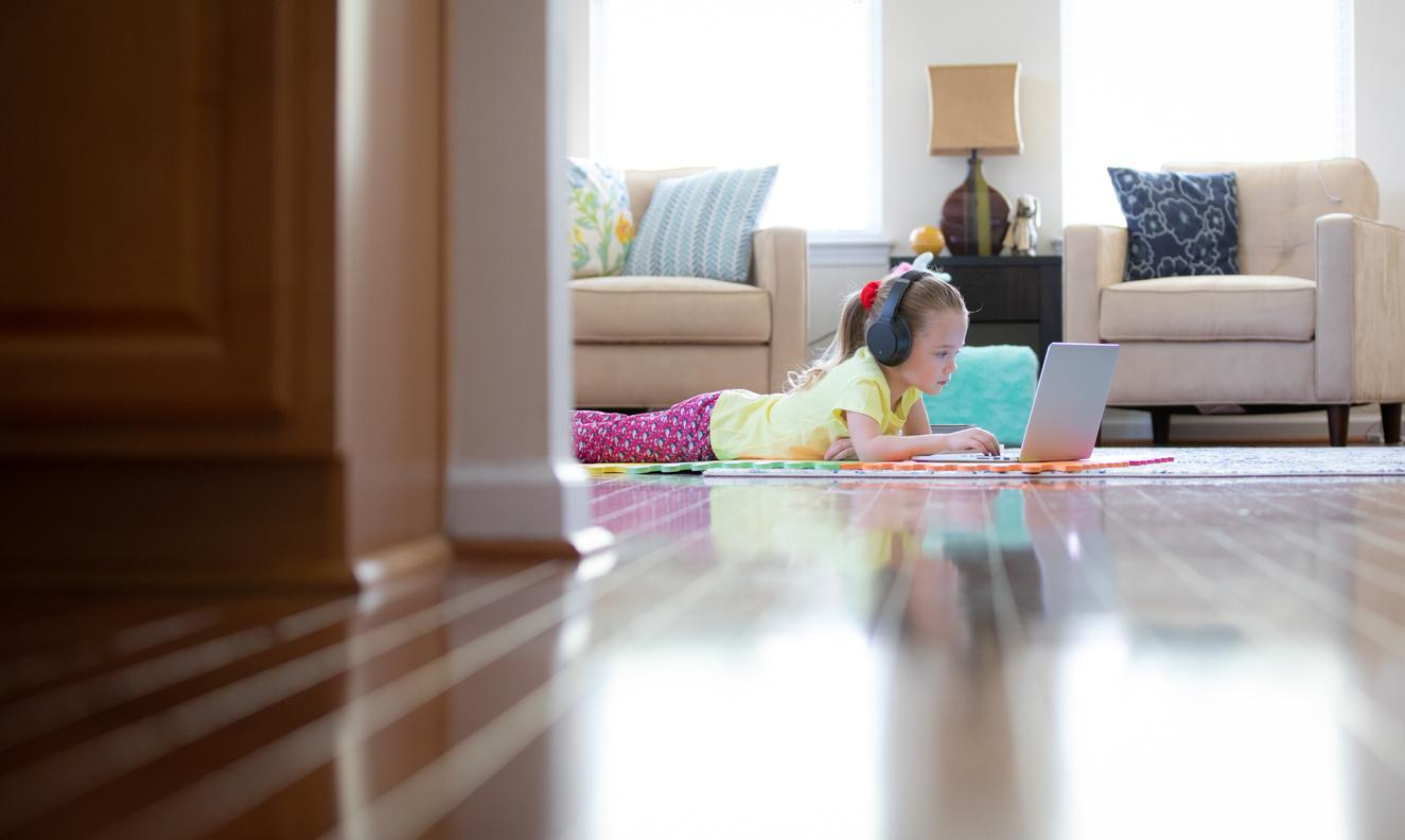 am800-news-home-school-remote-learning-istock