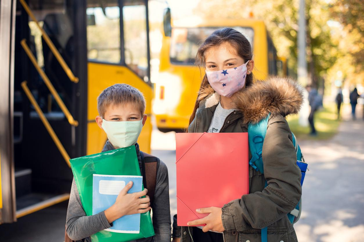 am800-news-covid-kid-school-bus-face-mask