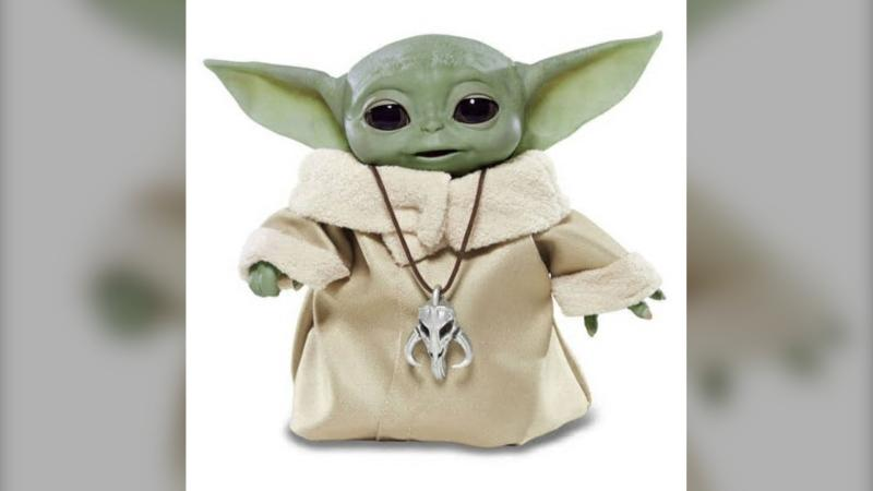 The Better Business Bureau says consumers are being taken in by fake ads for this season's top toys, such as the animatronic Baby Yoda from The Mandalorian. (Supplied/Toysrus.ca)