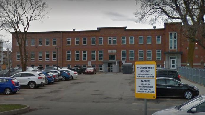 Une mutation de la COVID-19 détectée dans une école de Saint-Augustin - iHeartRadio