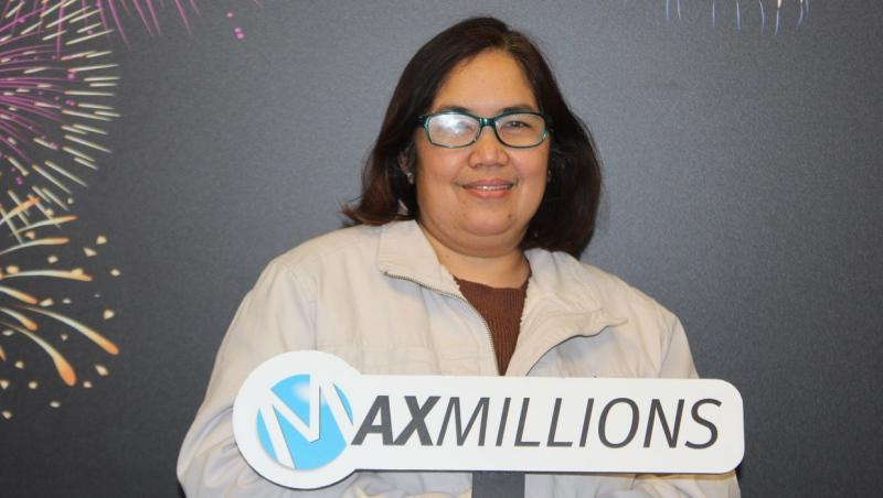 Raquel Reyes won $1 million from a ticket she bought at a southwest Calgary 7-Eleven for the Feb.26 draw. (Supplied)