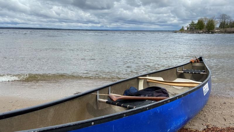 A canoe on the shores of the Ottawa River in Arnprior, Ont. (Dylan Dyson / CTV News Ottawa)
