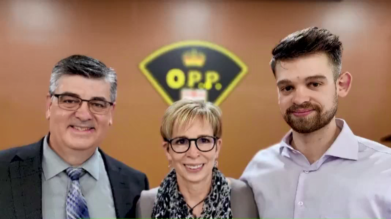 Detective Staff Sergeant Greg Rossi, shown with his wife and son, retired from the OPP after three decades (Source: OPP West Region)