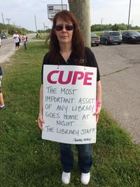 AM800-NEWS-ESSEX-COUNTY-LIBRARY-WORKERS-STRIKE-LORI-WIGHTMAN-MAY2016