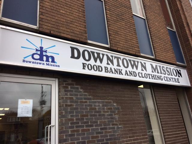 AM800-News-Downtown-mission-food-bank-clothing-centre-2016
