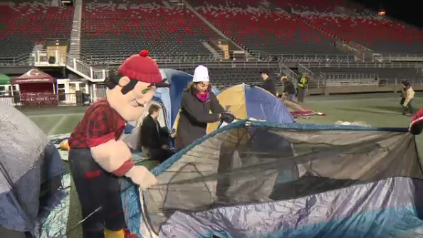 600 people take part in sleep out for youth at td place for Youth bureau ottawa
