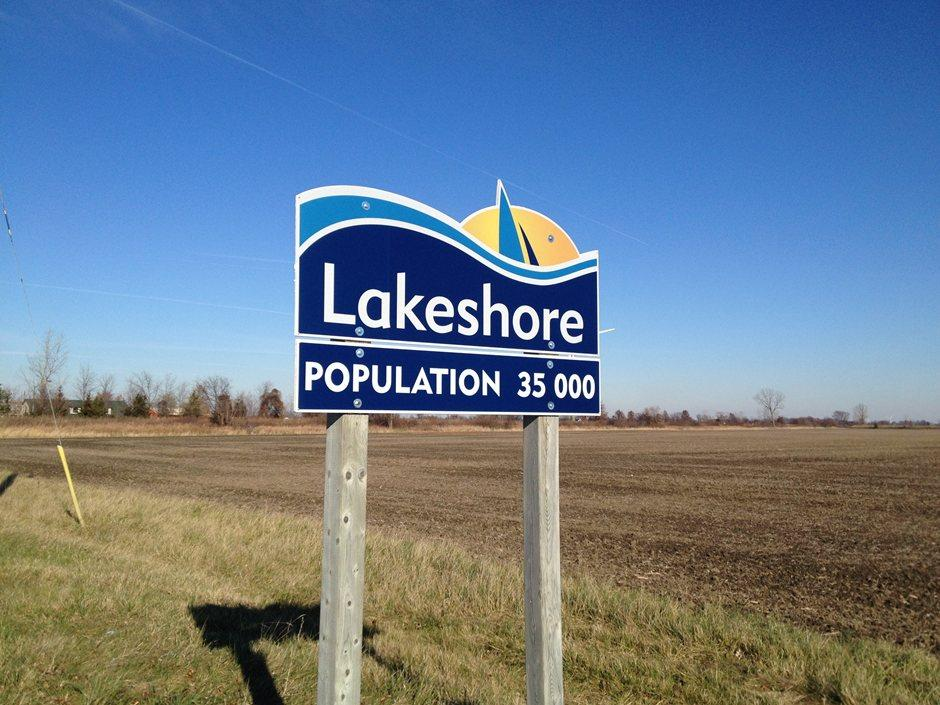 AM800-News-Lakeshore-Sign