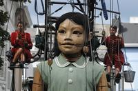 Little Girl-Giant is coming with Lilliputians to meet Montrealers May 19-21! Photo: Pascal Victor