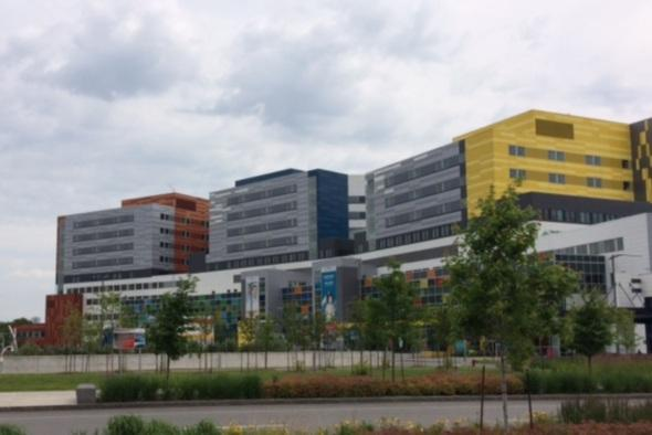 Quebec paying $233M to settle lawsuits over building of MUHC