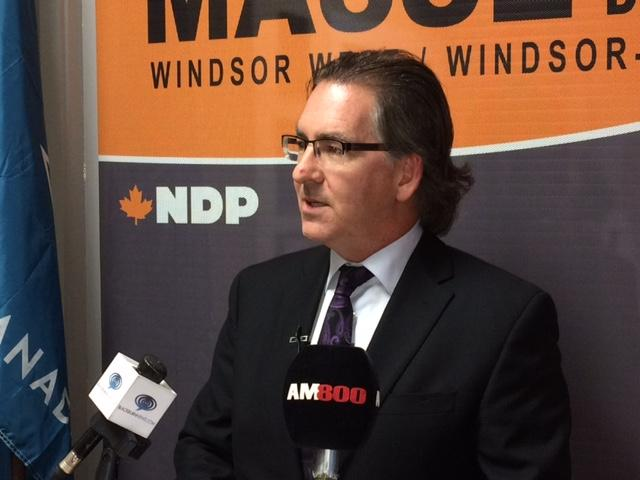 am800-news-mp-brian-masse-bridge-permit-newser-sept-2017