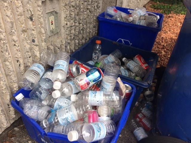am800-news-blue-boxes