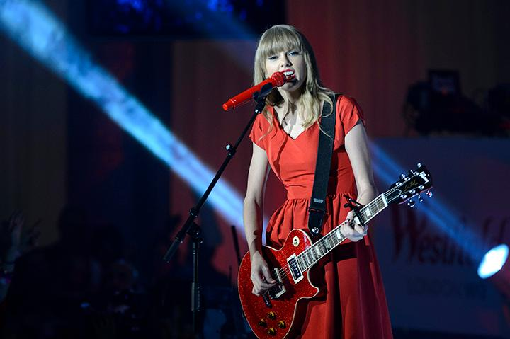 Taylor Swift Says Tom Petty Inspired Her To Play Guitar