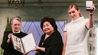 Winners of the Nobel Peace Prize 2017, representatives of the International Campaign to Abolish Nuclear Weapons (ICAN), with leader of the Nobel committee Berit Reiss-Andersen, left, Hiroshima Survivor Setsuko Thurlow and leader of ICAN Beatrice Fihn Dec. 10, 2017.