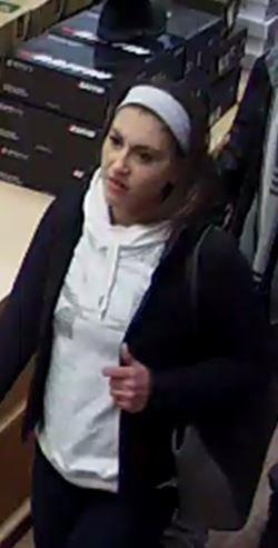 am800-news-suspected-lasalle-female-shoplifter-january-2018