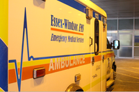 AM800-NEWS-Windsor-Essex-Windsor-Regional-Hospital-Paramedics-Emergency-ER-Ambulance-Arrival-Emerg-EMS-9-1-1-3