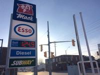 AM800-NEWS-GAS-PRICES-WINDSOR-APRIL-2018-KLV