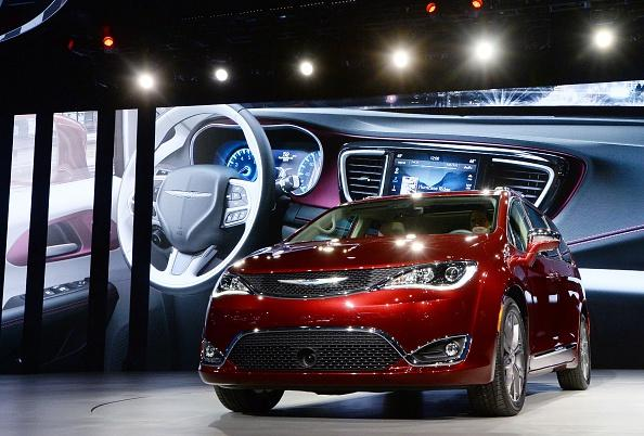AM800-NEWS-CHRYSLER-PACIFICA-GETTY
