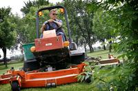 AM800-NEWS-CITY-PARKS-GRASS-CUTTING-TWITTER