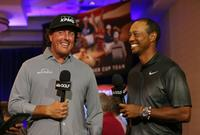 am800-sports-golf-ryder-cup-phil-mickelson-tiger-woods