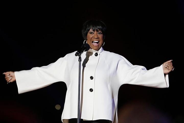 Patti Labelle This Christmas.It S Friday Watch Patti Labelle Struggle Through This