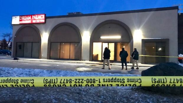 UPDATE: Police probing double homicide at Vaughan banquet hall early