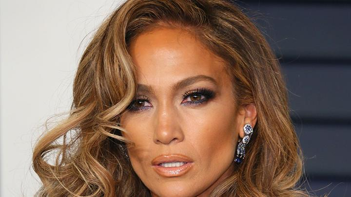 Jennifer Lopez Announces Summer Tour