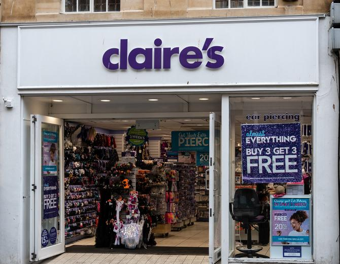 Former Claire's employee quits over child ear piercing