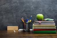 am800-news-blackboard-apple-books-teacher-istock