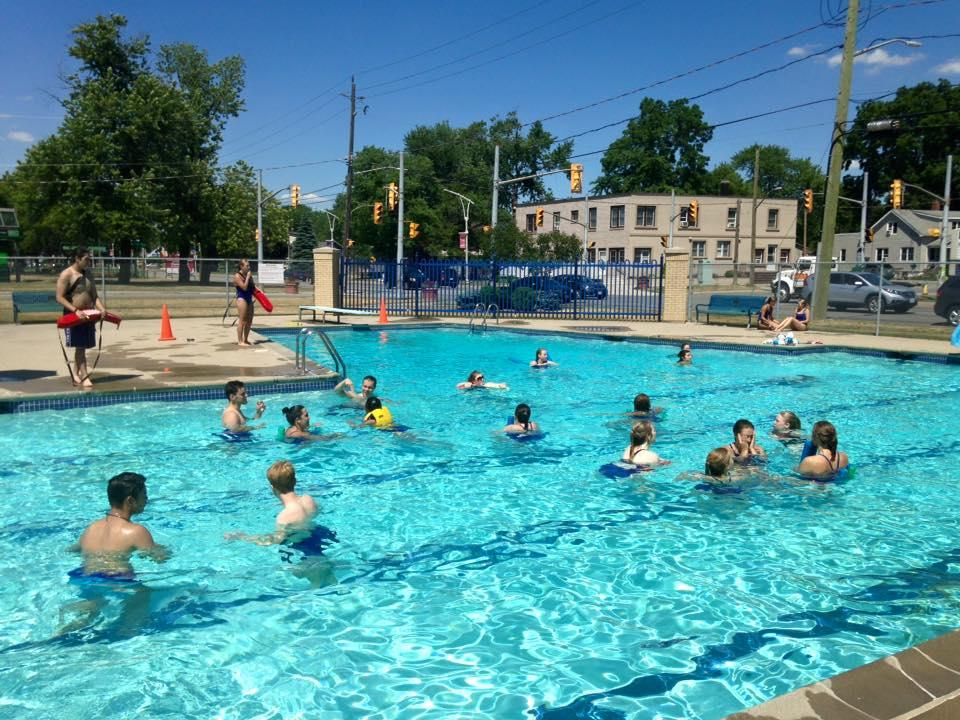 AM800-LaSalle-outdoor-pool-Front-Rd