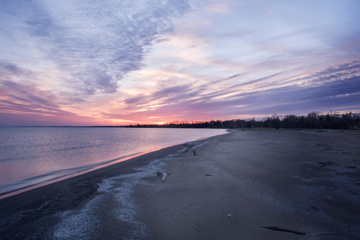 am800-weather-point-pelee-sunrise-istock