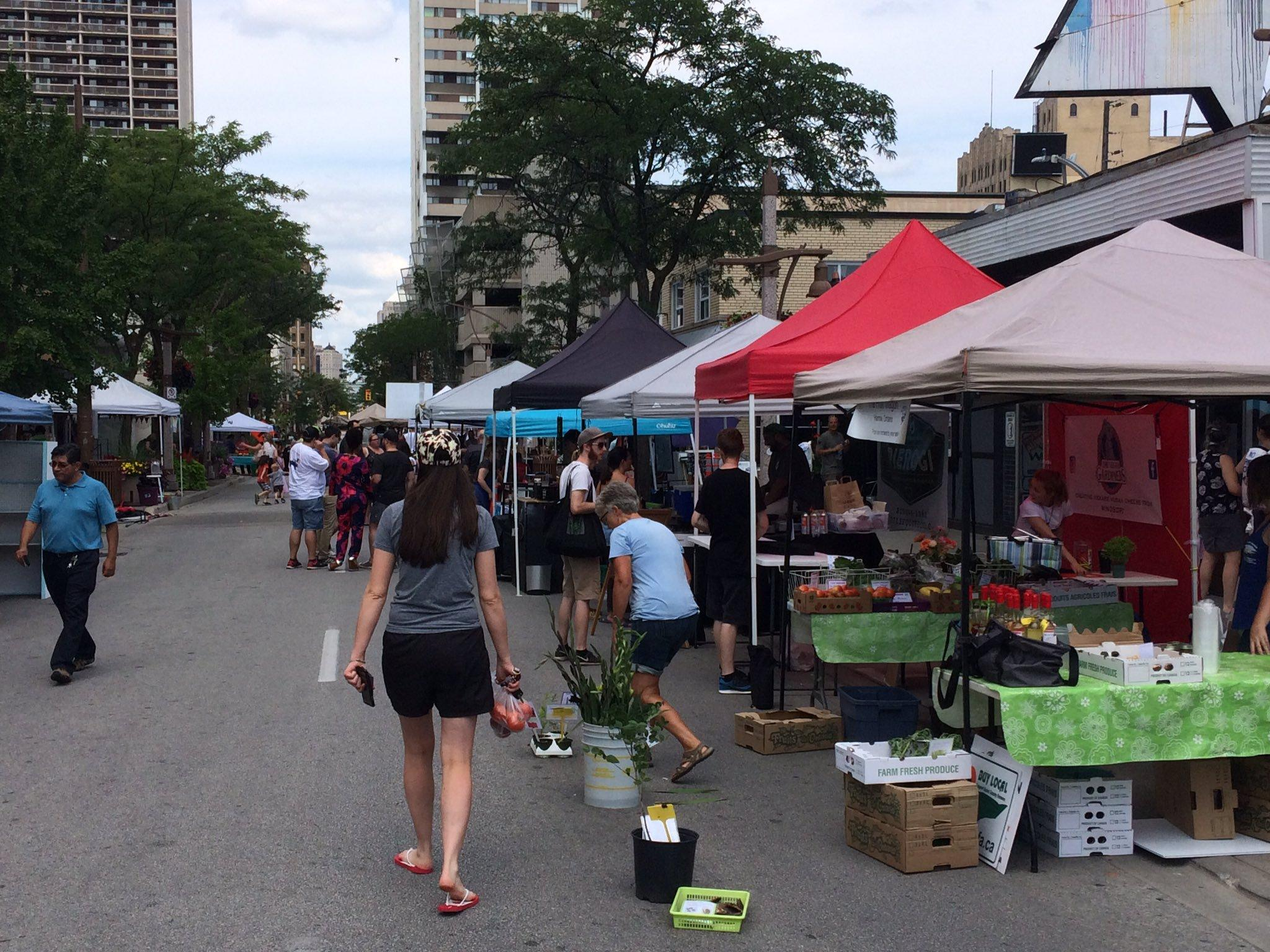 Downtown Farmers Market Reporting Good Mid-Season Numbers