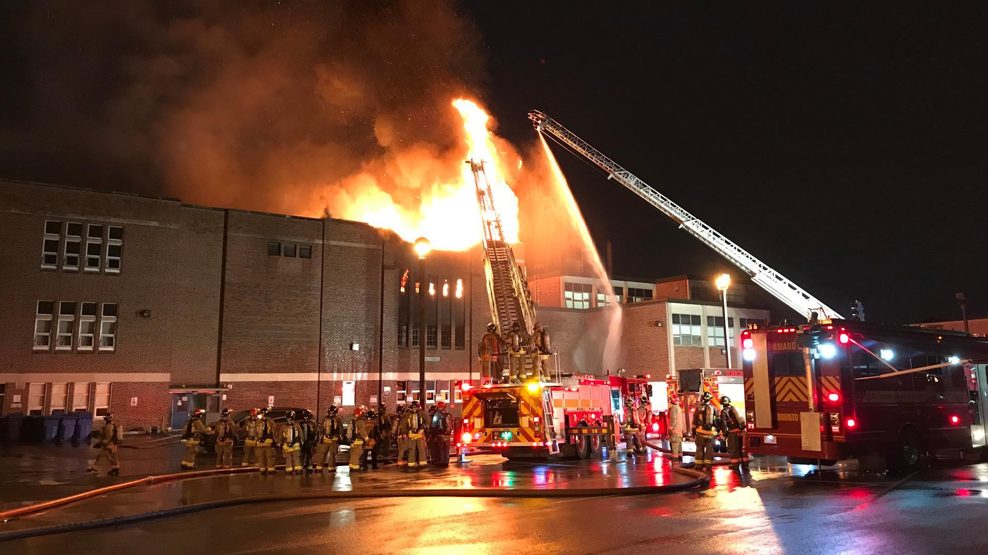 UPDATE: Toronto Fire notified of smoke two hours after it